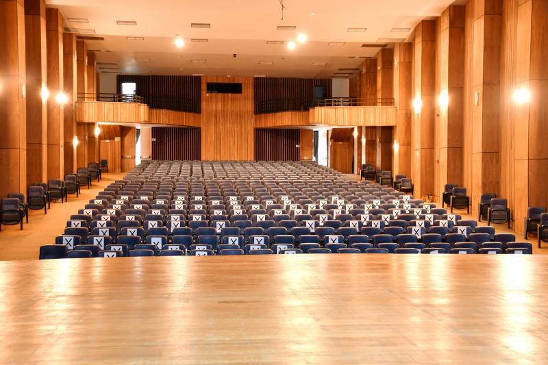 Hall de entrada do Paulo Roberto Lisboa dá as boas vindas para sua grandeza