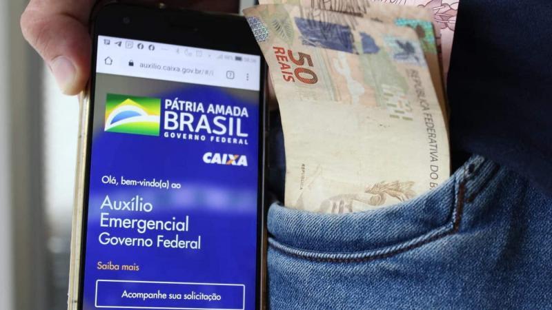 Segundo o presidente da Caixa, Pedro Guimarães, a quarta parcela também será antecipada