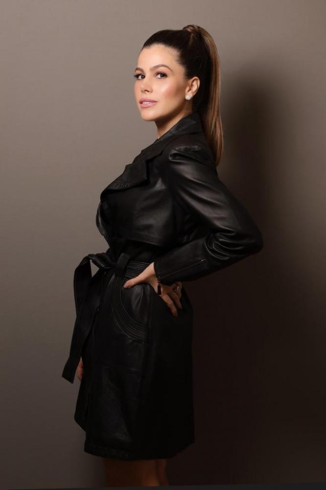 A linda médica da beleza, Karen Fadul, em clique feito pela fotógrafaThyane Brito