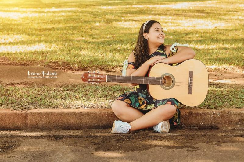 Izadora vai se apresentar no palco do The Voice Kids neste domingo