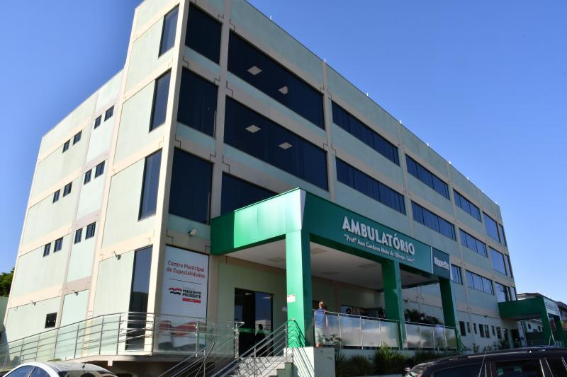 Após avaliação em unidade de saúde, paciente com sequelas é encaminhado ao Centro Municipal de Especialidades