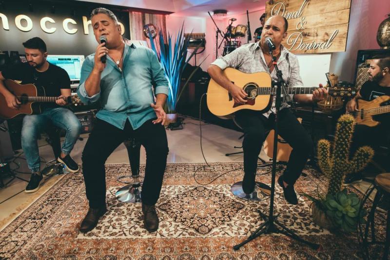 Depois de 14 anos, dupla volta a produzir um novo trabalho para os amantes da música sertaneja