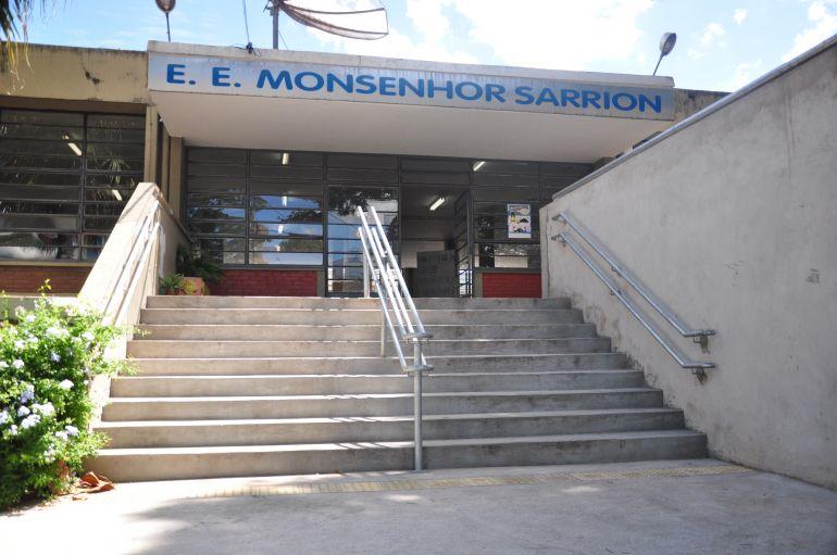Em Prudente, Centro de Estudo de Línguas fica no Sarrion