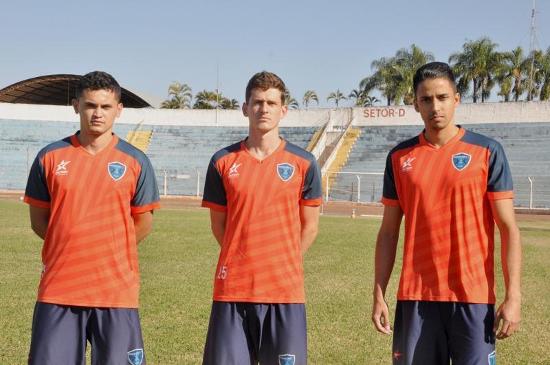 Na ordem da foto: Pedro Vitor, Juliano e Arthur, trio foi apresentado hoje
