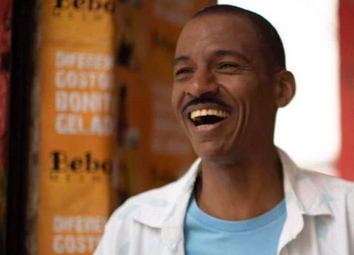 """Ele participa de """"Um dia com Jerusa"""", de Viviane Ferreira,  e """"Doutor Gama"""", de Jeferson De"""