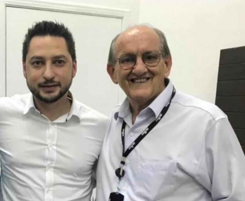 Profº Francisco Torturello, diretor do Escritório Regional (dir.) e Marco Vinholi, secretário de Estado de Desenvolvimento Regional