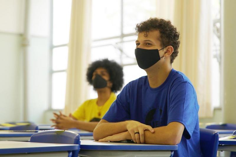 Iniciativa tem como intuito combater a evasão escolar