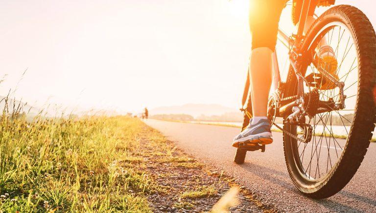 Qualquer um pode participar: basta ter uma bike, ir com sua máscara e sua garrafinha de água