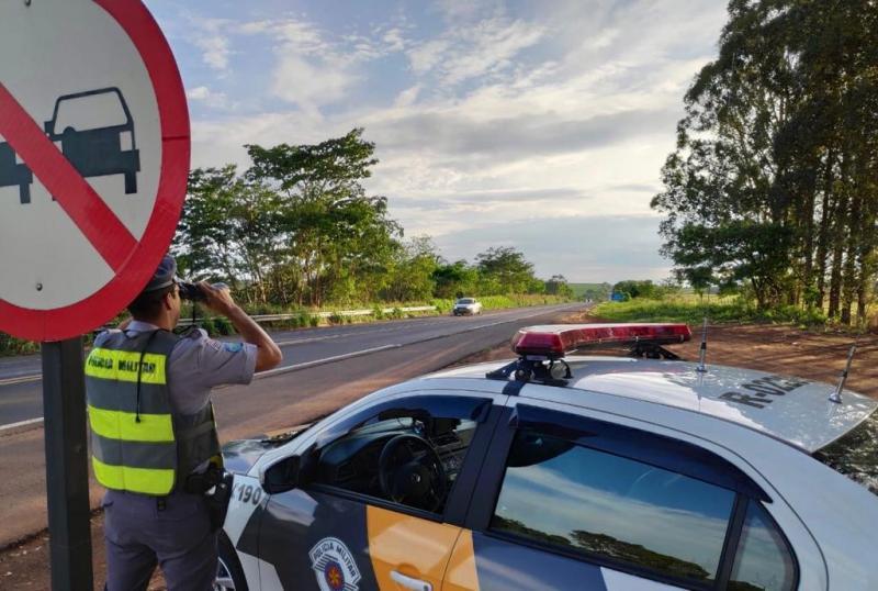 Operação começou na madrugada de sexta-feira e seguiu até o final da noite de ontem, em diversos trechos de rodovias
