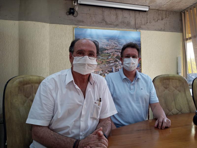 Vice-diretor e diretor da FCT-Unesp, Aldo Eloizo Job (esq.) e Rogério Eduardo Garcia (dir.), falam sobre retorno das atividades presenciais no campus de Prudente