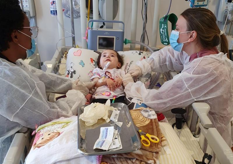 Conforme mãe de Valentina, tudo transcorreu bem durante infusão do medicamento