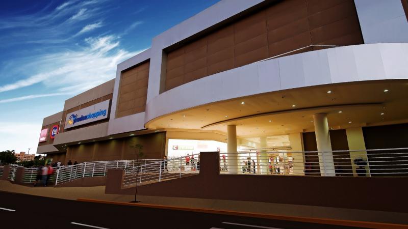 Hoje, lojas do Prudenshopping abrem das 8h às 22h; e amanhã, das 13h às 20h