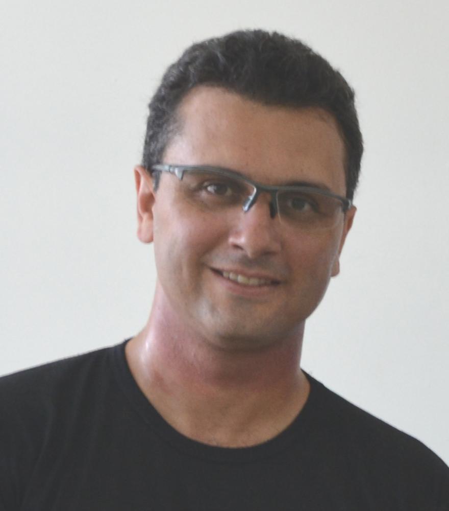 Colunista Raphael Garcia