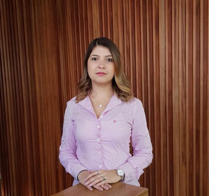 Colunista Isabela Perrella