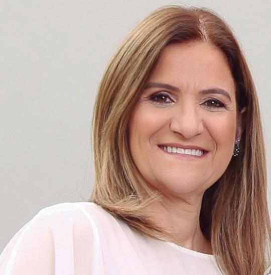 Colunista Denise Alessi Delfim de Carvalho