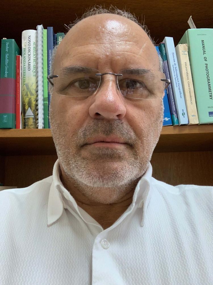 Colunista João Fernando Custódio da Silva