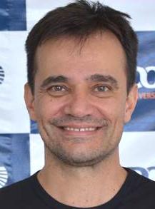 Colunista Carlos Eduardo Turino