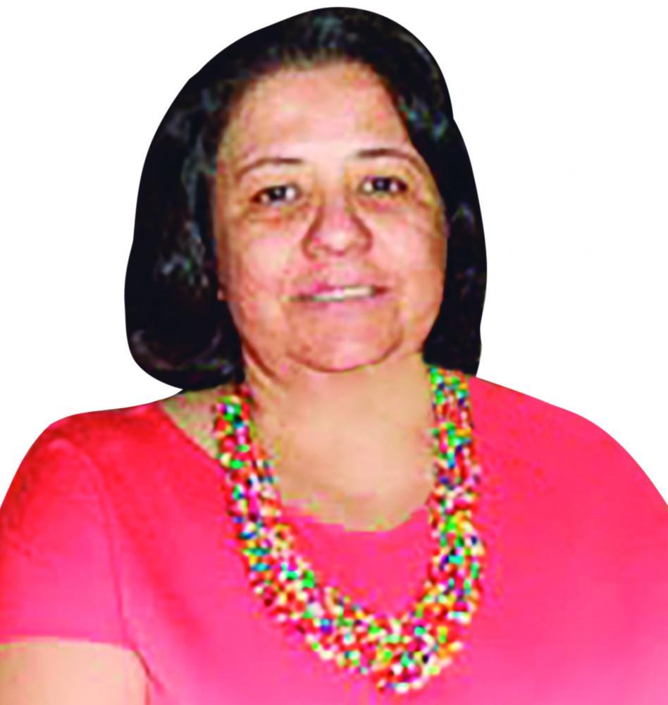 Colunista Cinthia Magda Fernandes Ariosi