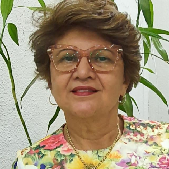 Eunice Cruz
