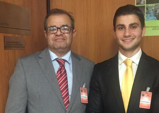 Guilherme Barros Martins de Souza e Mauro Cesar Martins de Souza