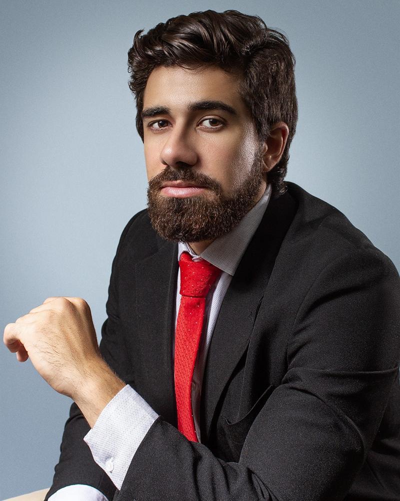 Colunista Gabriel Abbade