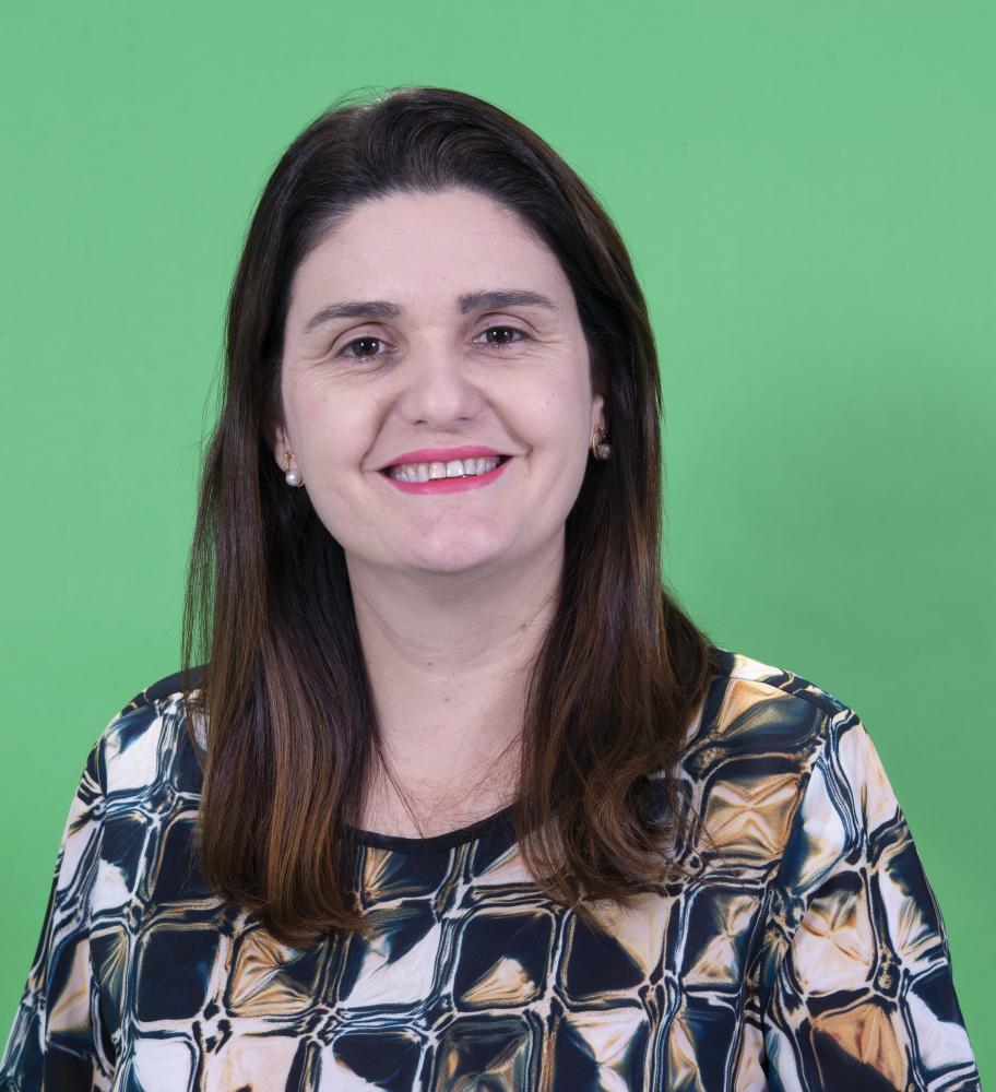 Colunista Elaine Negri