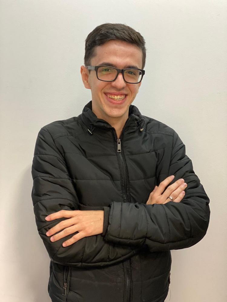 Colunista Thiago Farina