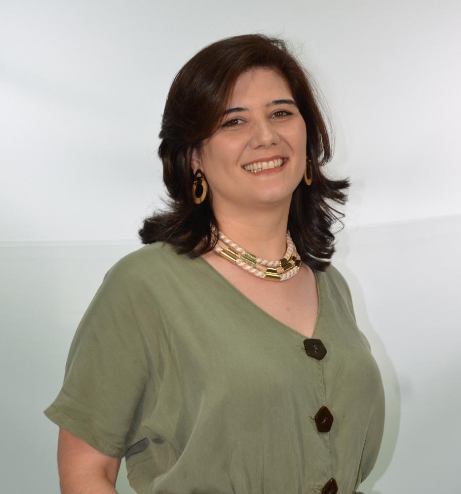 Colunista Julia Fernandes Guimarães Pereira