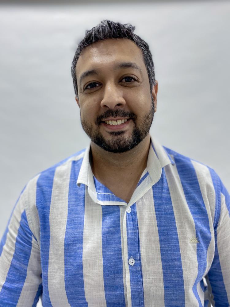 Colunista Dennis Luiz Gomes Pereira