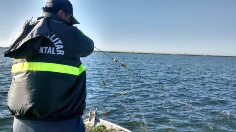 Polícia Militar Ambiental - Desde o dia 1º de novembro, pescas estavam proibidas em determinadas regiões