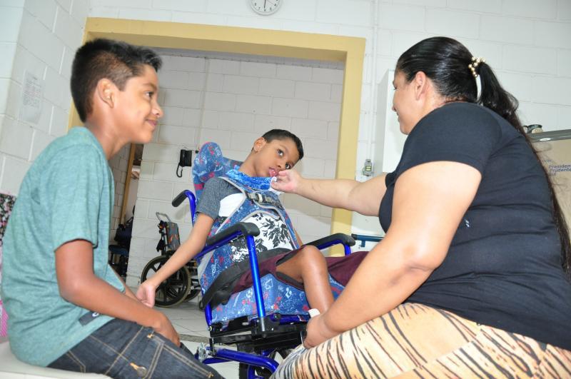 José Reis - Cristina Vendramim se dedica ao suporte dos dois filhos