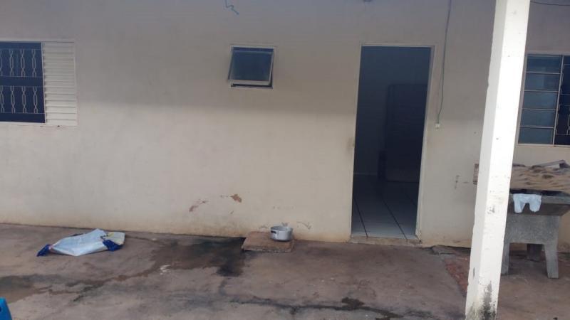 Cedida/Polícia Civil - Vítima estava trancada em edícula aos fundos da casa e pediu socorro aos policiais