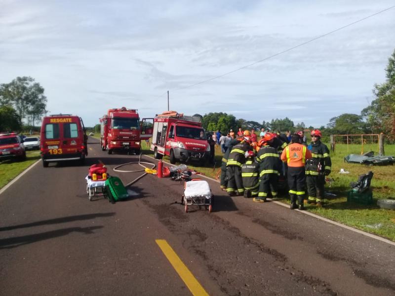 Polícia Militar Rodoviária - Colisão envolveu dois veículos na manhã de hoje, na Rodovia Júlio Budiski