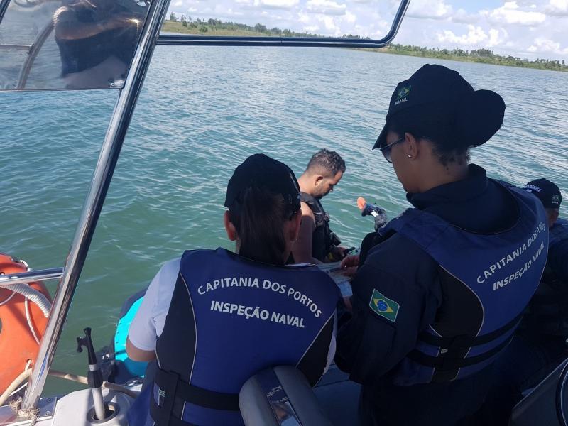 Cedida/Delegacia Fluvial - Militares intensificaram a fiscalização aquaviária durante o verão