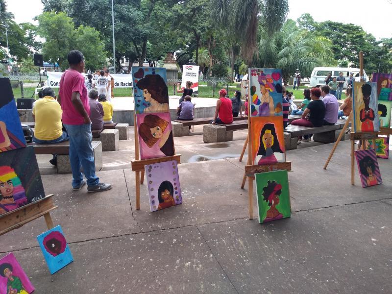 Weverson Nascimento: Obras de alunos doCras do Alexandrina estavam expostas