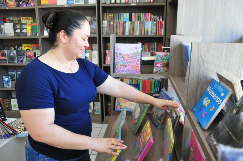 Marcio Oliveira:Patrícia afirma que procura por livros novos cresceu até 25%