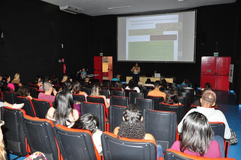 José Reis - Evento de ontem contou com profissionais da saúde e educação, além de apoiadores da causa