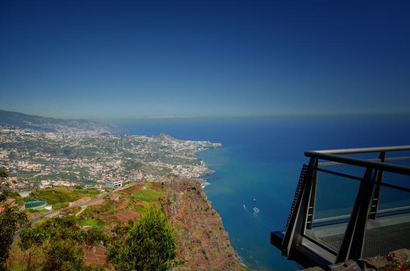 Francisco Correia: Ilha da Madeira é um pequeno paraíso português situado em meio à imensidão do Oceano Atlântico, considerado o melhor destino insular do mundo