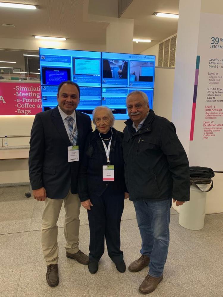 O cardiologista Carlos Eduardo Bosso, sua avó Lydia e o pai o cardiologista José Carlos Bosso