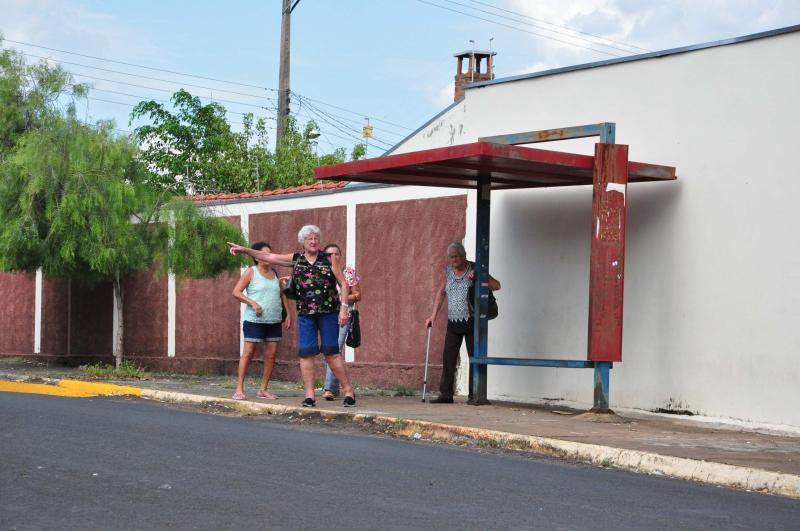 José Reis - Moradores também sugerem mais linhas de transporte coletivo para o bairro