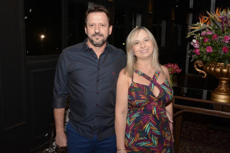 O novo presidente do TCPP, Celmir Norbiato, e a esposa Maria Angelica