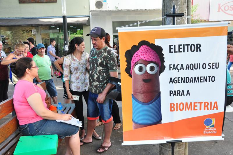 José Reis - Plantões de agendamento ocorrem até o final do mês na Praça Nove de Julho, em Prudente