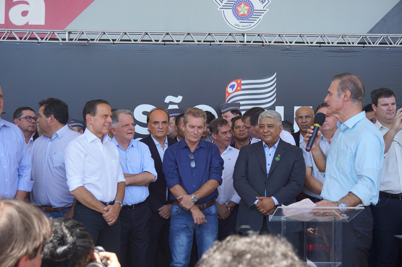 ANFITRIÃO Prefeito Nelson Bugalho agradeceu o Governador, junto aos deputados Ed Thomas e Mauro Bragatto