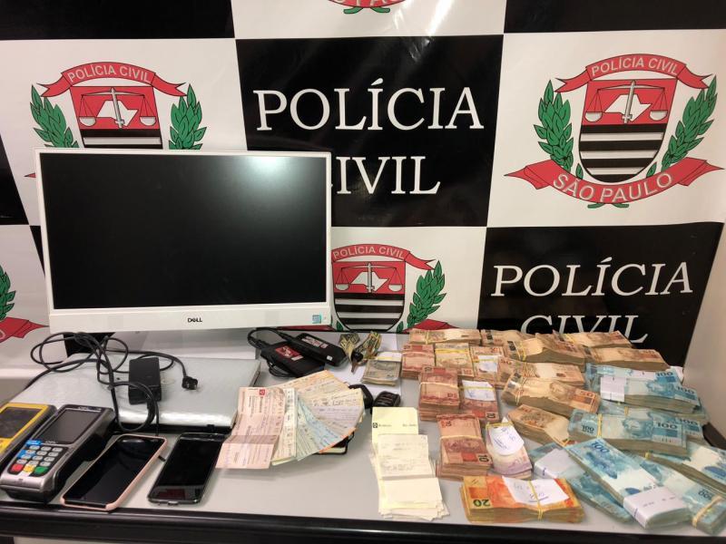 Polícia Civil:Objetos de valor e dinheiro foram apreendidos nesta manhã