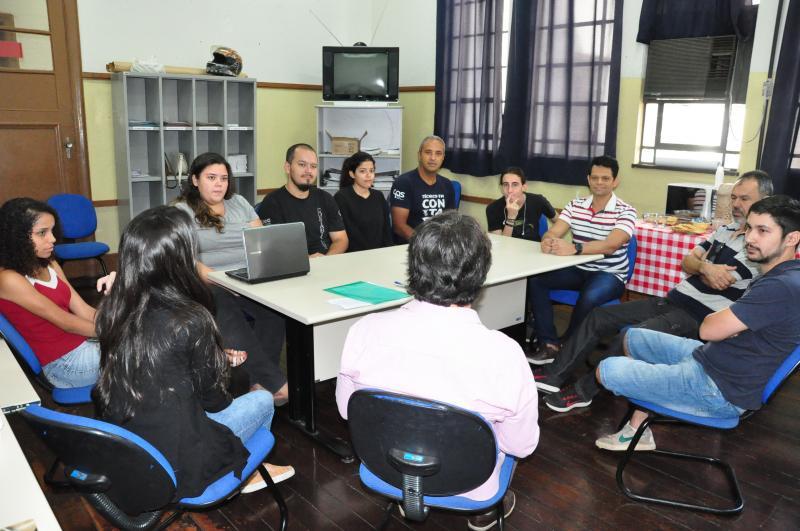 José Reis - Atendimento gratuito ocorreu na manhã de ontem e reuniu alunos e professores da Etec