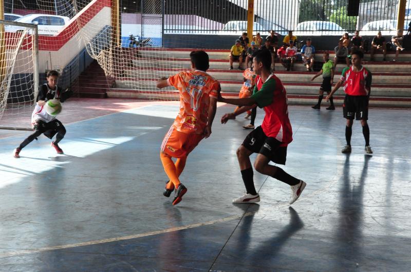 José Reis - Disputas das quartas de final do futsal ocorreram na manhã de ontem no PUM