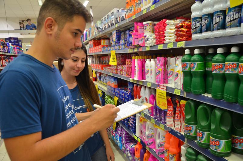AI da Toledo -Pesquisadores analisaram preços de produtos em seis supermercados de Presidente Prudente
