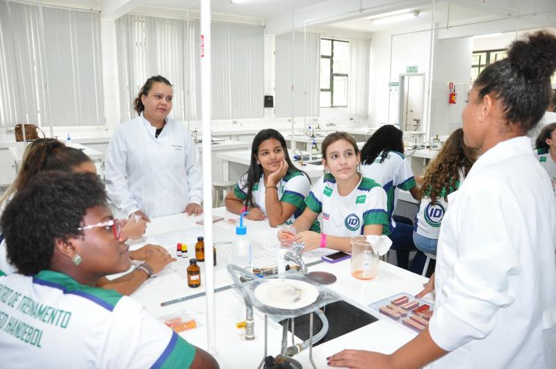 Fotos: José Reis -Durante as duas semanas, 606 estudantes participarão de oficinas na universidade