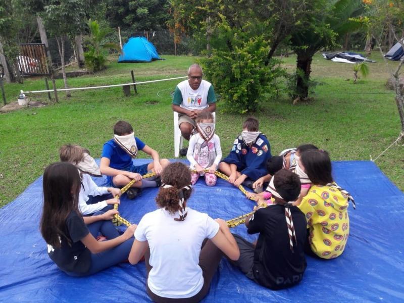 Cedida/Vilma Castro -Grupo Escoteiros Monte Carmelo, de PP, durante atividade que exigiu trabalho em grupo