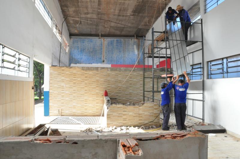 José Reis -Demolição de imóveis sob o viaduto começou ontem e deve durar cerca de duas semanas